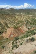 Рис. 2. Ущелье в горах Балапан, где обитали змееяды Circaetus gallicus